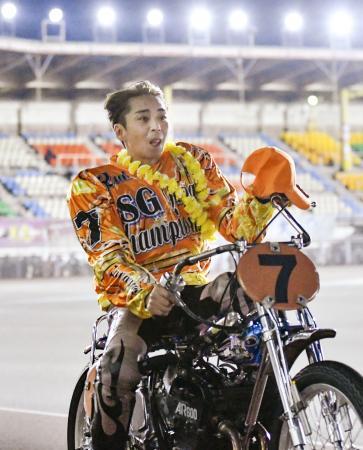 昨年11月、日本選手権で初優勝した森且行=川口オートレース場