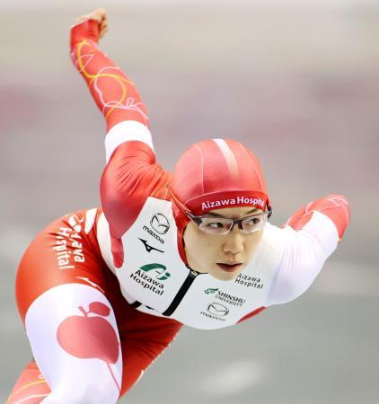 女子500メートルで優勝した小平奈緒=エムウエーブ(代表撮影)