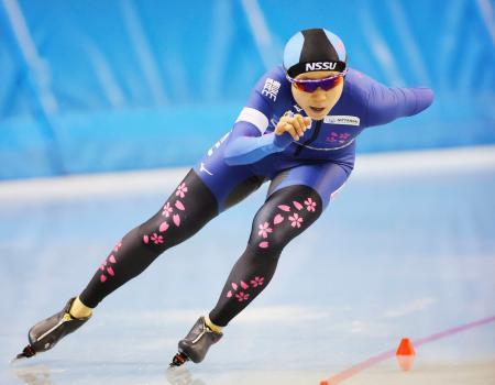 女子1000メートルで自身の国内最高を更新する1分13秒21で優勝した高木美帆=エムウエーブ(代表撮影)