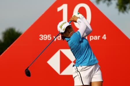 HSBC女子世界選手権第3ラウンド、畑岡奈紗の10番ティーショット=1日、シンガポール(ゲッティ=共同)