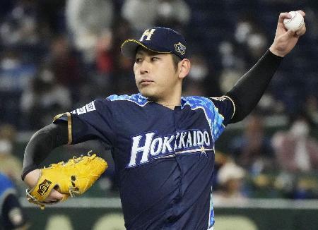 オリックス戦に先発した日本ハム・加藤=東京ドーム