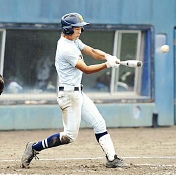 第3代表は学法石川、東北出場決める 佐伯が貴重な決勝打