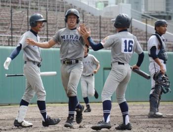 【速報】知念、コザに勝つ 沖縄県秋季大会4強出そろう