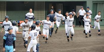 延長サヨナラで滋賀学園が初優勝 秋季滋賀県高校野球大会
