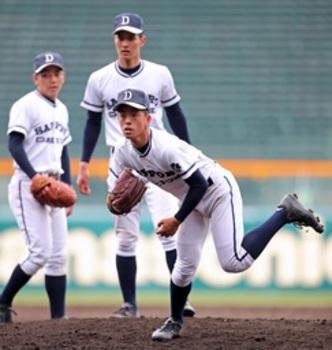 札幌第一 甲子園で公式練習 動き機敏