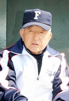 大須賀監督「終盤に点取る」 健大高崎戦、理想展開語る