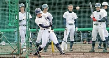福井工大福井2回戦、健大高崎は機動破壊が代名詞