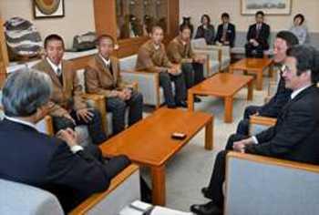 作新 ナインが栃木県庁など表敬訪問