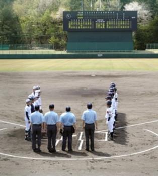 新潟大会 「球児の春」開幕 青空の下躍動