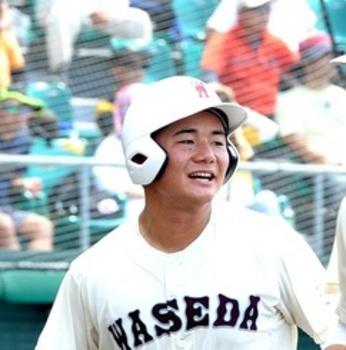 清宮、沖縄で特大96号本塁打 試合は美来工が勝利