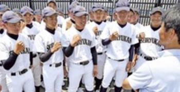 難聴乗り越え堅守の要、清流館・石間二塁手 夏の静岡大会