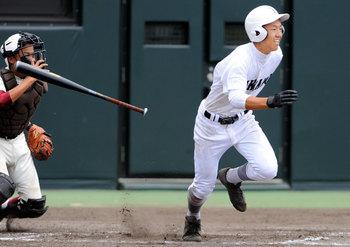ベスト8出そろう 高松打ち合い制す 高松北猛追及ばず 第99回夏の高校野球香川大会第8日