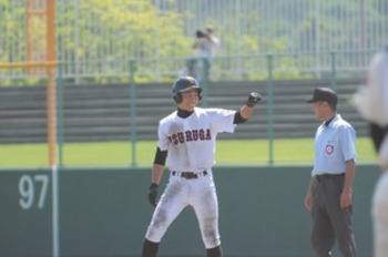 福井大会 敦賀が8強 延長11回、若狭に勝つ(21日)