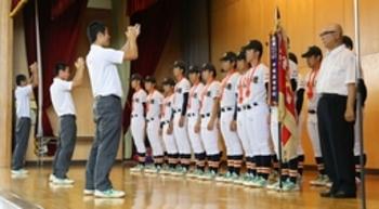 新潟大会 日本文理 母校で優勝を報告 選手ら決意新た