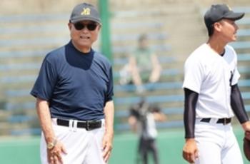 亡き妻と最後の大舞台 日本文理・大井監督、12日甲子園初戦