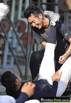 青森山田・間山コーチ、監督と二人三脚