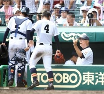 一緒にまだ野球できるのは幸せ  初戦突破の日本文理・大井監督