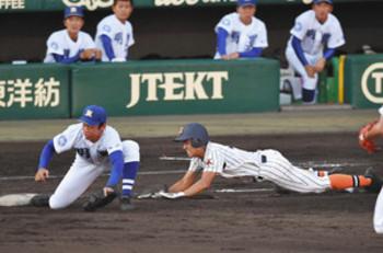 祖母に誓う「来年こそ」 坂井・山内選手、同点の一打放つ