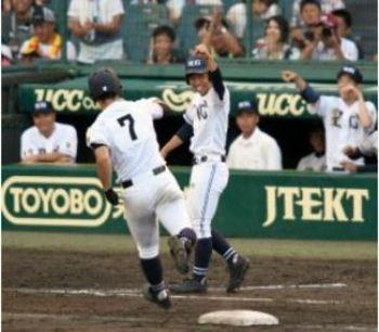 聖心ウルスラ学園 「宮崎県産」チームに大阪出身の三塁コーチ