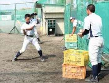 硬式野球部 ボール約1500個盗難