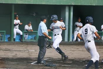 氷見、富山第一8強入り 秋季県高校野球