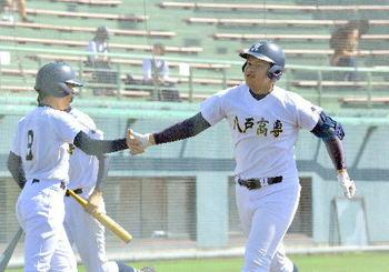 青森 秋季大会 八高専が4強、八学光星は青森に勝つ