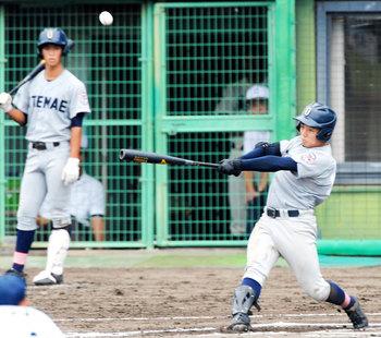 17秋の高校野球香川県大会 第3日 大手前高松、延長制す 高松南、攻め手欠く