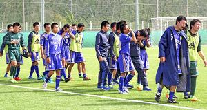 「富岡」の誇り...王者・尚志に善戦 福島県高校サッカー