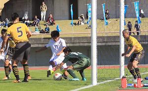 富山一 2年連続全国切符 高校サッカー富山県大会