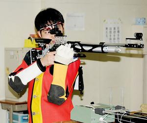 エアライフル立射、姫野が初優勝 高校ライフル新人大会