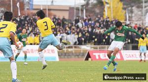 山田高、球際の妙 全国高校サッカー青森県大会