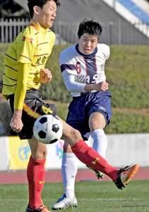 決勝は野洲対綾羽に 全国高校サッカー滋賀大会