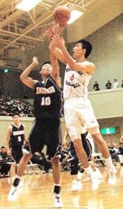 東山17年ぶりV、女子は京都精華学園  高校選抜バスケ府予選