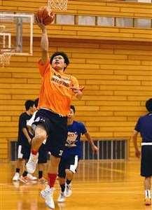 秋田勢 冬挑む(1)バスケ男子の平成 速さ磨き初戦に照準