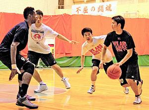 攻めに幅、日本一狙う東山 バスケ高校選抜優勝大会