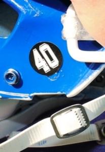 関学の亡き友悼みヘルメットに「40」 高校アメフット