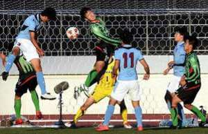 皆実PK戦で敗退、中国勢姿消す 全国高校サッカー