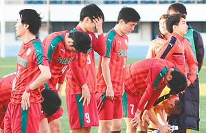 尚志惜敗、山梨学院に1-2 全国高校サッカー・2回戦