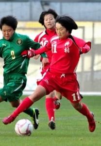 サッカー 宝塚市出身のMF浅井 4強入りに貢献