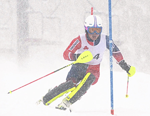 男子回転は猪苗代・長谷部が2冠 福島県高体スキー