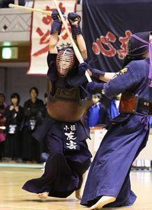 剣道・沖縄県高校冬季大会 小禄、興南が優勝