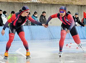 スケート 全国高校選手権 男子盛岡工、スピードW入賞