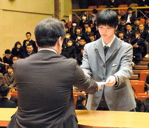 千葉県高体連 28チーム378選手を表彰 過去最多の受賞数