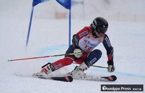 秦(柴田)女子大回転10位 全国高校スキー