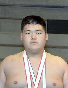 全国高校選抜相撲で納谷(埼玉栄)個人V