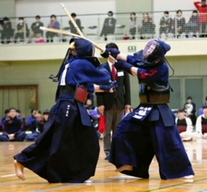 女子・新潟商、磐田西に惜敗 剣道・三条杯争奪高校大会