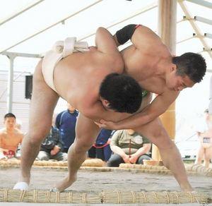 4県高校生力士力の入った熱戦 東北高校丸山相撲大会