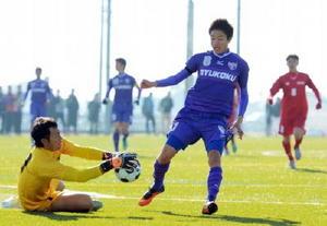 男子サッカー龍谷、佐賀学園など軸 佐賀県高校総体