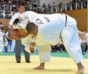 柔道男子団体で白鴎足利8強 関東高校スポーツ