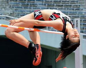 女子走り高・上部(浜田)2位、全国初切符 中国高校陸上